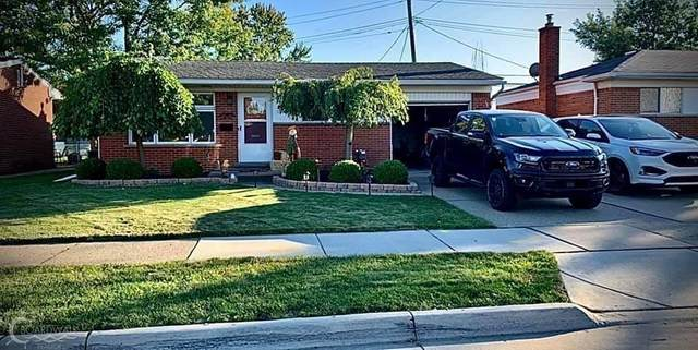 21600 Lanse St, Saint Clair Shores, MI 48081 (MLS #50035456) :: The BRAND Real Estate