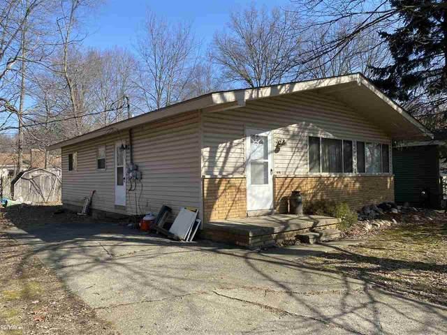 478 Maple, Algonac, MI 48001 (MLS #50035500) :: The BRAND Real Estate