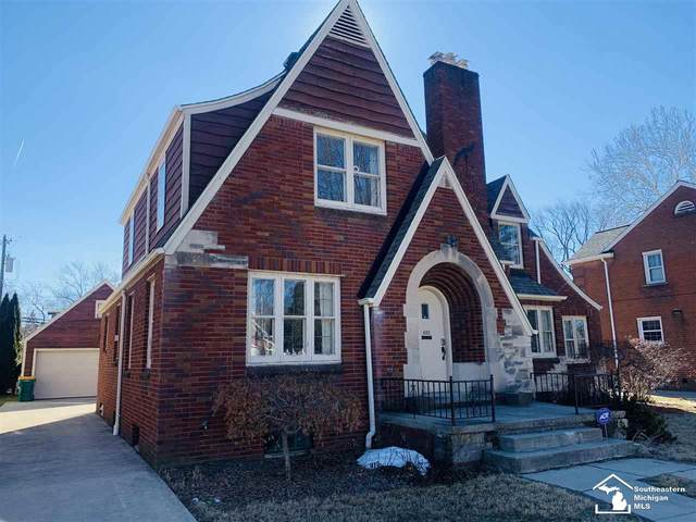 452 Hollywood Dr, Monroe, MI 48162 (MLS #50035600) :: The BRAND Real Estate