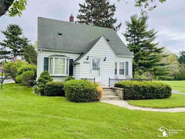 27044 W Huron River Drive, Flat Rock, MI 48134 (MLS #50041010) :: The BRAND Real Estate
