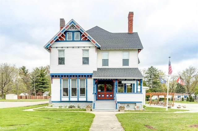 7175 Huron Ave, Lexington, MI 48450 (MLS #50041024) :: The BRAND Real Estate