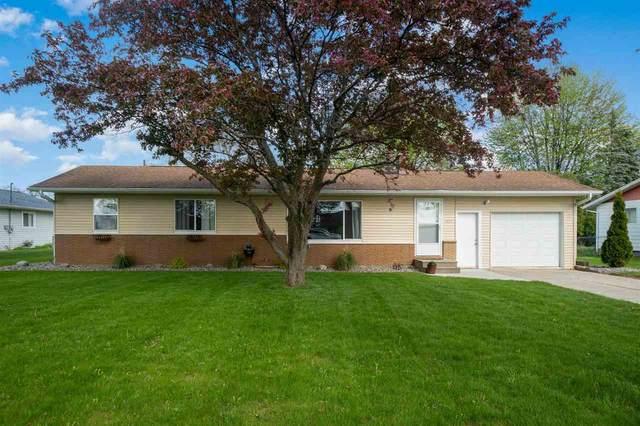 5435 Maxine Court, Bay City, MI 48706 (MLS #50041546) :: The BRAND Real Estate