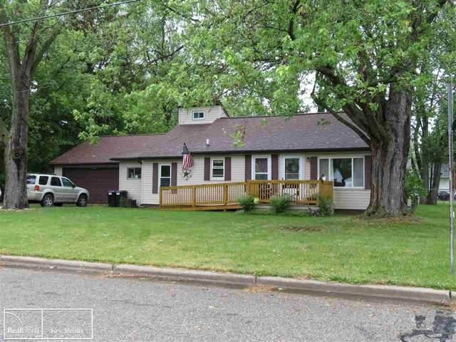 4229 Woodrow Ave, Burton, MI 48509 (MLS #50043477) :: The BRAND Real Estate