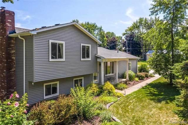 12147 Torrey, Fenton, MI 48430 (MLS #50047100) :: Kelder Real Estate Group