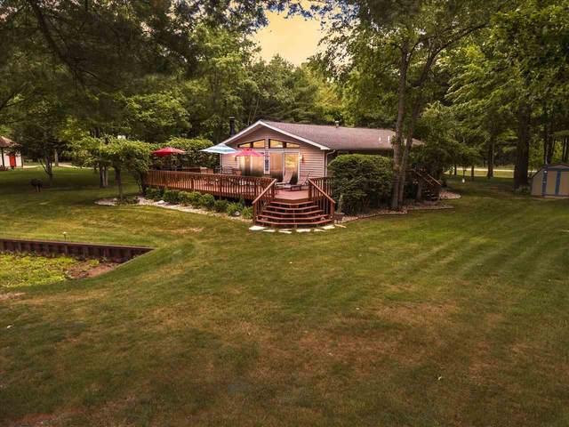 3861 Lakeshore, Gladwin, MI 48624 (MLS #50047139) :: Kelder Real Estate Group
