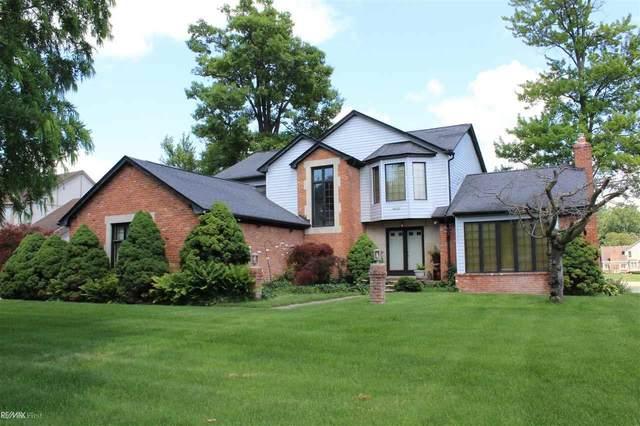 46220 Gulliver, Shelby Twp, MI 48315 (MLS #50047217) :: Kelder Real Estate Group
