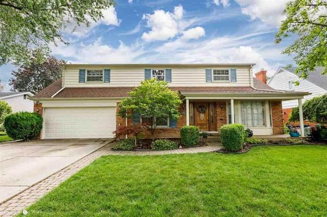 901 Moorland, Grosse Pointe Woods, MI 48236 (MLS #50047461) :: Kelder Real Estate Group