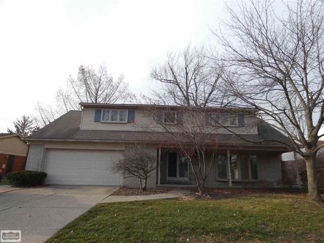 581 Saddle Lane, Grosse Pointe Woods, MI 48236 (MLS #50047812) :: Kelder Real Estate Group