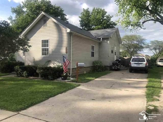915 E 4th, Monroe, MI 48161 (MLS #50047892) :: Kelder Real Estate Group
