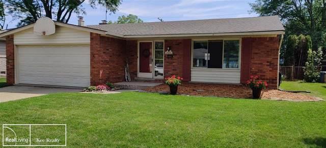 31446 Kenwood Avenue, Madison Heights, MI 48071 (MLS #50047944) :: Kelder Real Estate Group