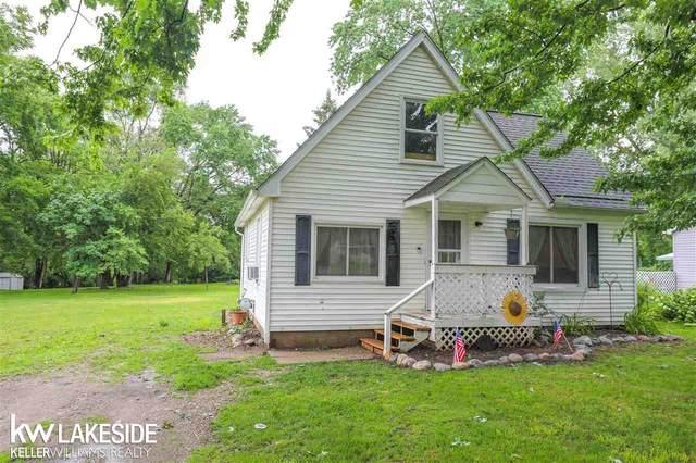 46400 Vineyard Ave, Shelby Twp, MI 48317 (MLS #50048060) :: Kelder Real Estate Group