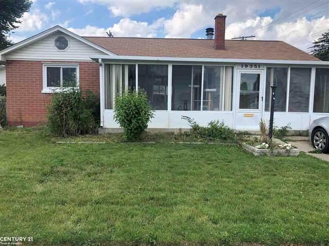 19351 Eastland, Roseville, MI 48066 (MLS #50048353) :: Kelder Real Estate Group