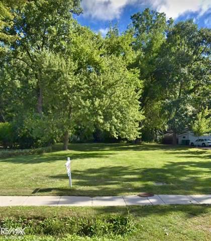 25667 Crocker Blvd, Harrison Twp, MI 48045 (MLS #50049976) :: The BRAND Real Estate
