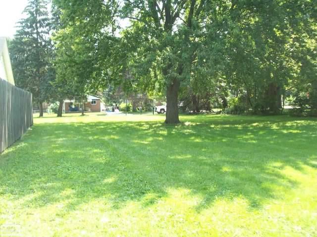 VACANT Park, Roseville, MI 48066 (MLS #50051803) :: The BRAND Real Estate