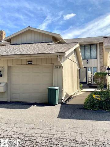 7109 Pebble Park, West Bloomfield, MI 48322 (MLS #50053762) :: The BRAND Real Estate