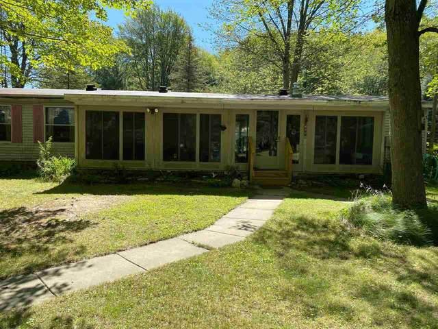 4710 E Wilson Rd, Harrison, MI 48625 (MLS #50054757) :: Kelder Real Estate Group