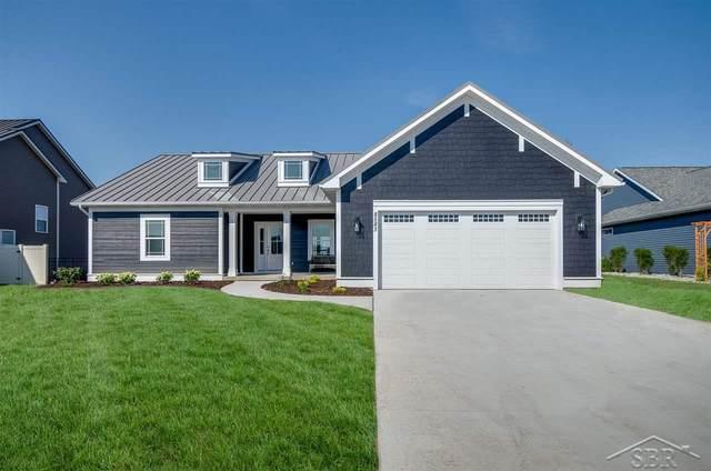 8583 Oakhill Drive, Freeland, MI 48623 (MLS #50054960) :: The BRAND Real Estate