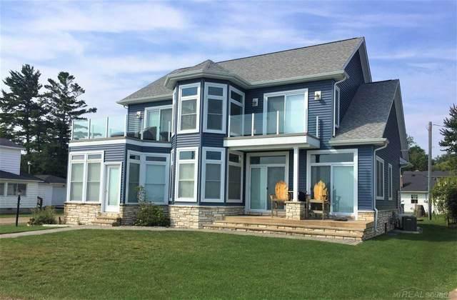 7330 Lakeview, Lexington, MI 48450 (MLS #50055249) :: The BRAND Real Estate