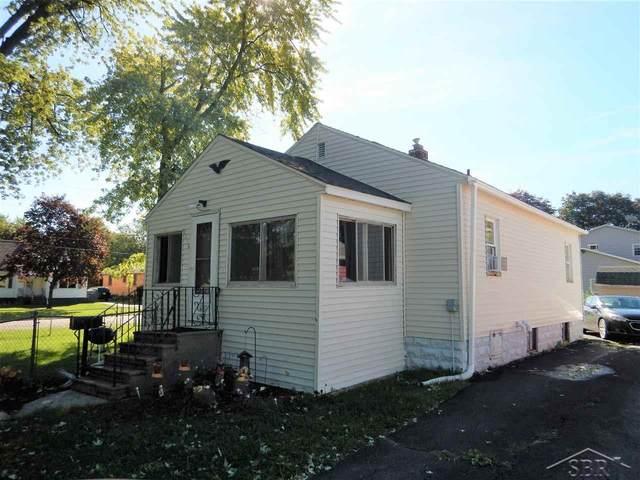 2208 18th St, Bay City, MI 48708 (MLS #50056060) :: The BRAND Real Estate