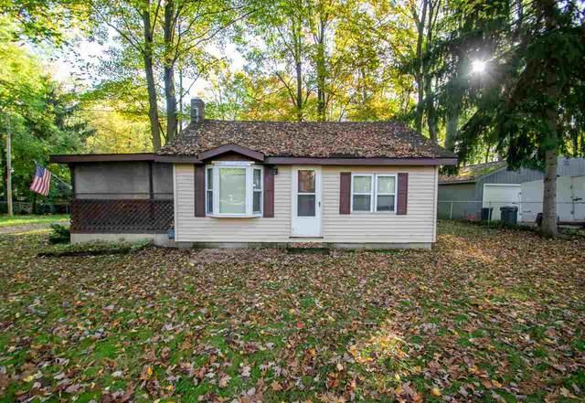 1294 N Clare Ave, Harrison, MI 48625 (MLS #50058161) :: Kelder Real Estate Group