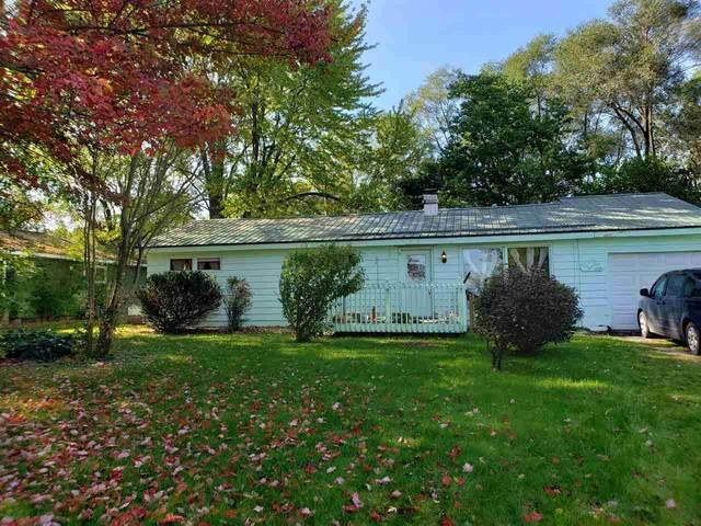 1820 S Greenville Road, Greenville, MI 48838 (MLS #21111687) :: The BRAND Real Estate