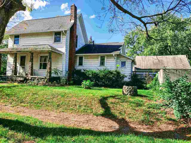 300 Douglas Street, Jackson, MI 49203 (MLS #21111700) :: The BRAND Real Estate