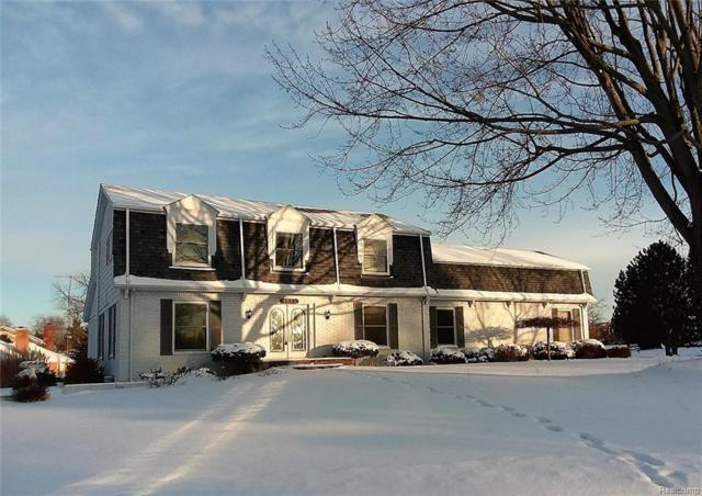 5024 Candlewood Dr, Grand Blanc, MI 48439 (MLS #218004009) :: The John Wentworth Group
