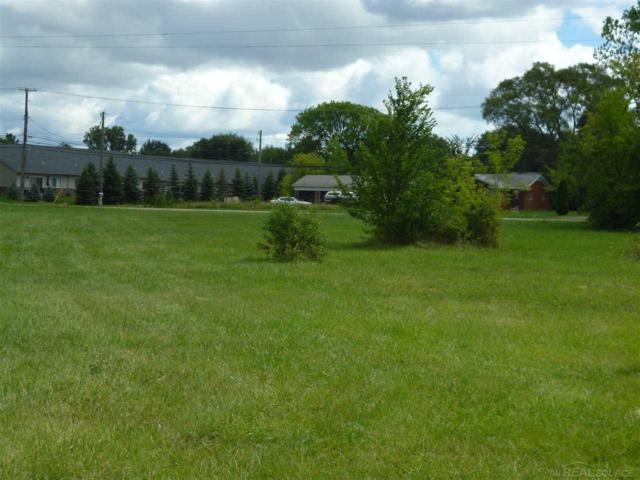 Utica, Clinton Township, MI 48035 (MLS #31274676) :: The John Wentworth Group