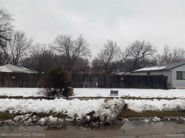 1813 E Madge Ave, Hazel Park, MI 48030 (MLS #2200005521) :: The BRAND Real Estate