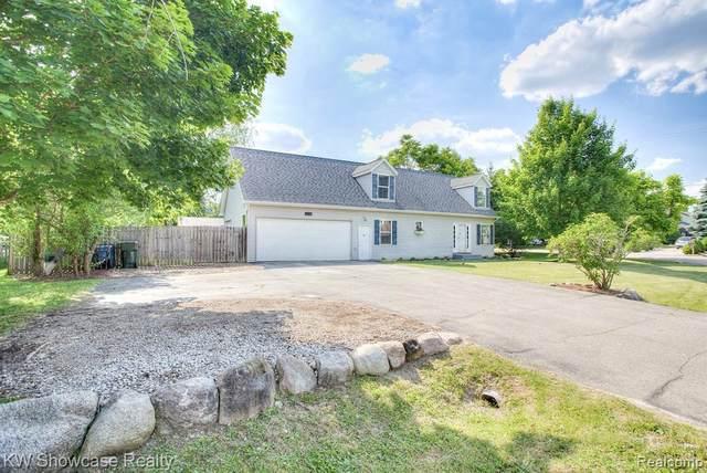 11588 Broadview St, Hartland, MI 48353 (MLS #2200045855) :: Scot Brothers Real Estate