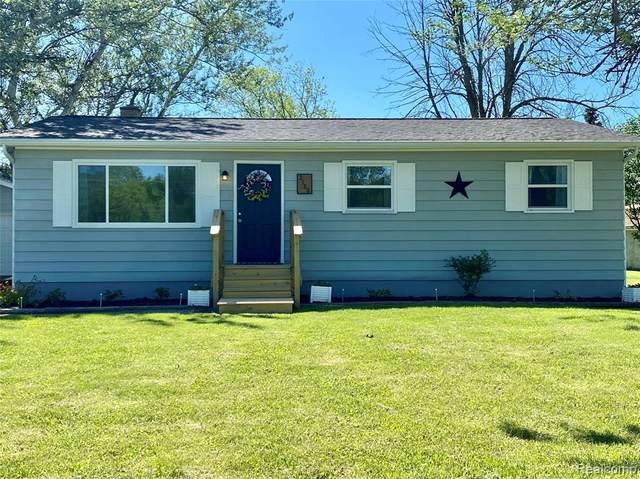 2186 S Vassar Rd, Burton, MI 48519 (MLS #2200048848) :: Scot Brothers Real Estate