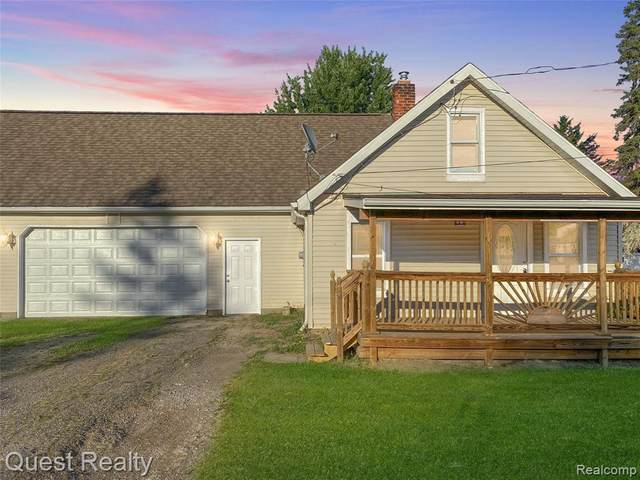 3100 Amelia Ave, Flushing, MI 48433 (MLS #2200049796) :: Scot Brothers Real Estate