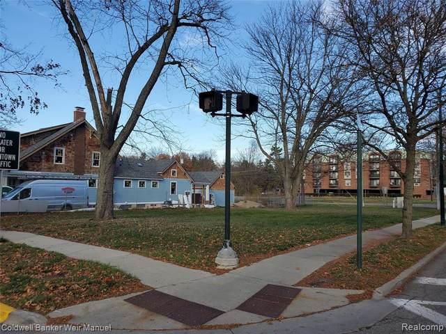 404 Park St, Birmingham, MI 48009 (MLS #2200093364) :: Kelder Real Estate Group