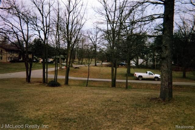Vacant Land Lincoln St, Vassar, MI 48768 (MLS #2210002271) :: The BRAND Real Estate