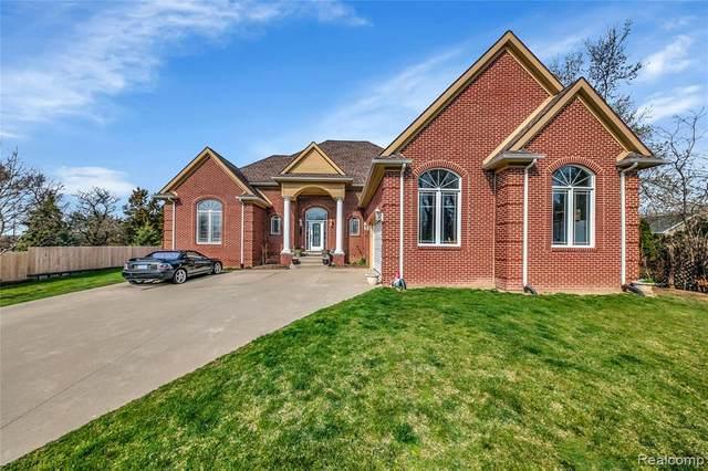93 Rosetta Crt, Auburn Hills, MI 48326 (MLS #2210023354) :: The BRAND Real Estate