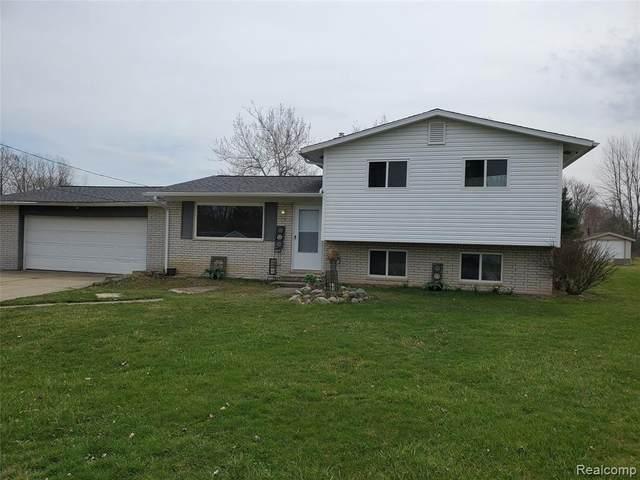 6186 Sun Valley Dr, Grand Blanc, MI 48439 (MLS #2210024258) :: The BRAND Real Estate