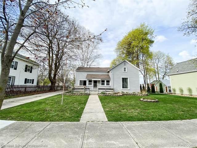 5559 Main St, Dryden, MI 48428 (MLS #2210022045) :: The BRAND Real Estate