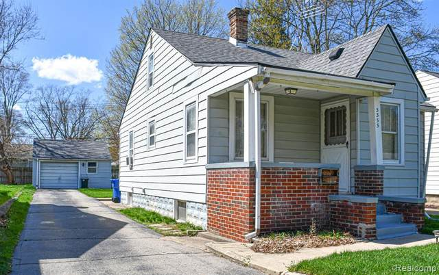 3355 Curwood St, Waterford, MI 48329 (MLS #2210026153) :: The BRAND Real Estate