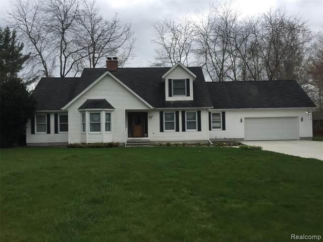 4211 Burtch Rd, Burtchville, MI 48059 (MLS #2210025330) :: The BRAND Real Estate