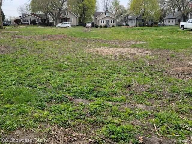 1104 La Salle (Parcel B) Ave, Waterford, MI 48328 (MLS #2210028713) :: Kelder Real Estate Group