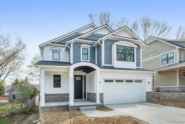 821 Spring Dr W, Northville, MI 48167 (MLS #2210026703) :: The BRAND Real Estate