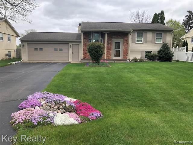 4009 Cash Dr, Jackson, MI 49202 (MLS #2210031959) :: The BRAND Real Estate