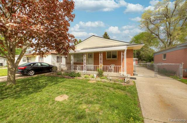 7326 Gilman St, Westland, MI 48185 (MLS #2210030565) :: Kelder Real Estate Group