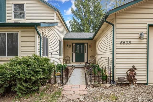 5605 Halsted Rd, West Bloomfield, MI 48322 (MLS #2210029320) :: Kelder Real Estate Group