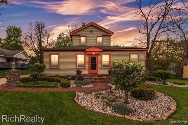 120 Fairbrook St, Northville, MI 48167 (MLS #2210032554) :: The BRAND Real Estate