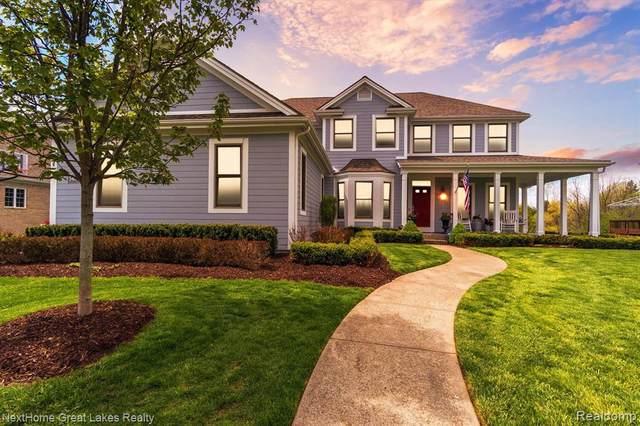 5484 Woodfield Pkwy, Grand Blanc, MI 48439 (MLS #2210033696) :: The BRAND Real Estate