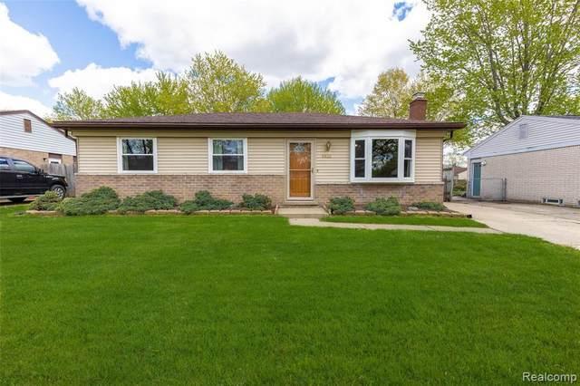 9835 Barkley St, Van Buren Twp, MI 48111 (MLS #2210034359) :: The BRAND Real Estate