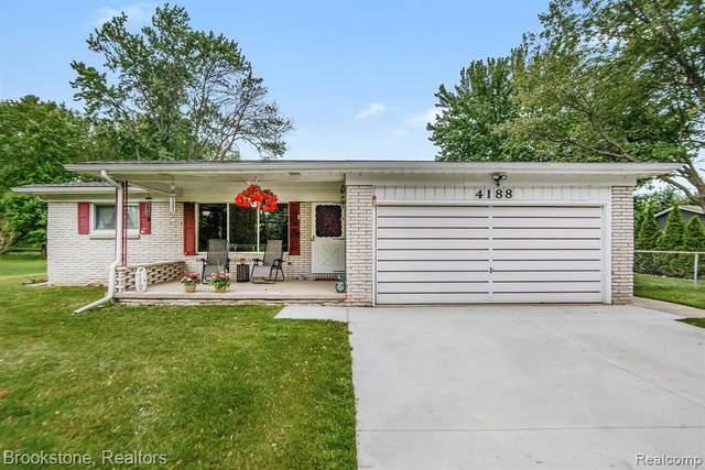 4188 Davison Rd, Lapeer, MI 48446 (MLS #2210038683) :: Kelder Real Estate Group