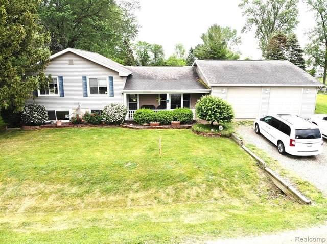 5235 Kidder Rd, Almont, MI 48003 (MLS #2210041992) :: Kelder Real Estate Group