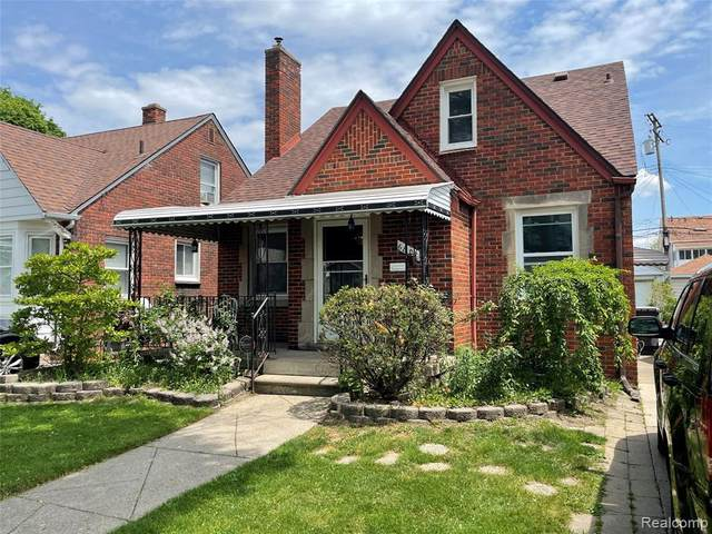 6832 Reuter St, Dearborn, MI 48126 (MLS #2210043343) :: Kelder Real Estate Group